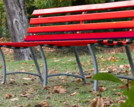 Panchina-rossa.-Foto