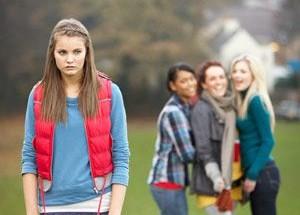 moça-senofrendo-bullying-na-igreja-1