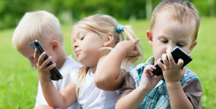 cellulare-ai-bambini